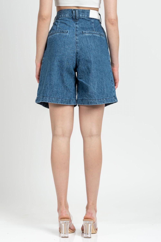 Rose medium dark blue jean bermuda